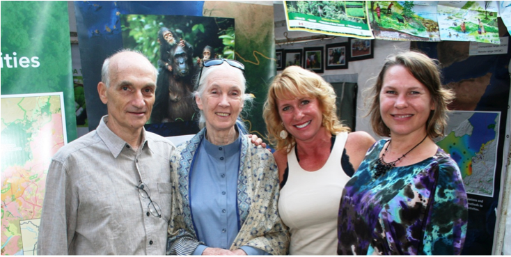 Drs. Anton, Jane Goodall, Julie Johnson-Pynn (also a UM graduate) and Laura Johnson